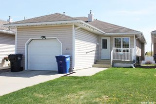 Photo 1: 406 6th Avenue West in Meadow Lake: Residential for sale : MLS®# SK856706