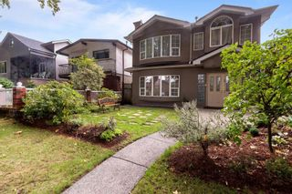 Main Photo: 2522 WILLIAM Street in Vancouver: Renfrew VE House for sale (Vancouver East)  : MLS®# R2625306