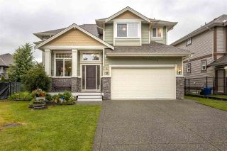 Photo 1: 8471 BAILEY Place in Mission: Mission BC House for sale : MLS®# R2468332