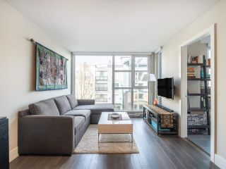 """Photo 3: 303 538 W 7TH Avenue in Vancouver: Fairview VW Condo for sale in """"CAMBIE +7"""" (Vancouver West)  : MLS®# R2332331"""