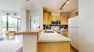 """Photo 2: 506 1003 PACIFIC Street in Vancouver: West End VW Condo for sale in """"SEASTAR"""" (Vancouver West)  : MLS®# R2496971"""
