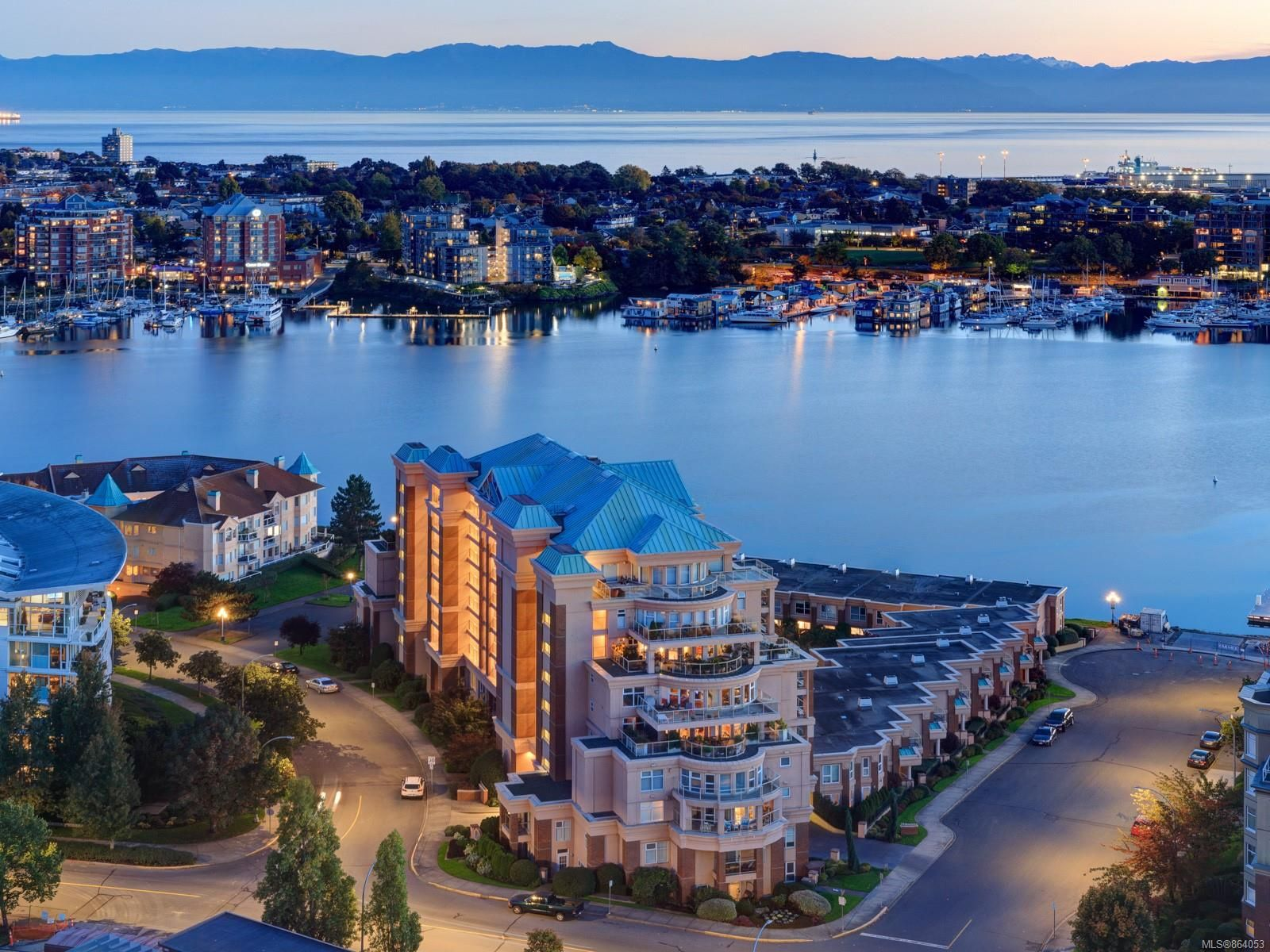 Main Photo: 309 75 Songhees Rd in : VW Songhees Condo for sale (Victoria West)  : MLS®# 864053