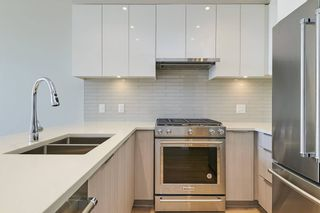 Photo 7: : Vancouver Townhouse for rent : MLS®# AR132