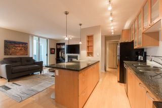 """Photo 9: 2603 969 RICHARDS Street in Vancouver: Downtown VW Condo for sale in """"Mondrian 2"""" (Vancouver West)  : MLS®# R2135133"""