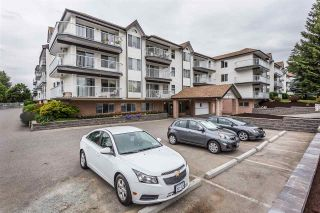 """Photo 2: 320 33535 KING Road in Abbotsford: Poplar Condo for sale in """"Central Heights Manor"""" : MLS®# R2337250"""