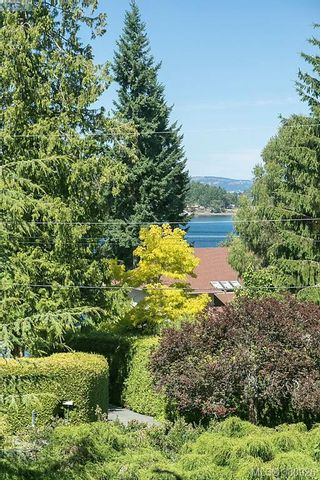 Photo 4: 11316 Ravenscroft Pl in NORTH SAANICH: NS Swartz Bay House for sale (North Saanich)  : MLS®# 765344