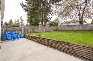 Photo 15: 6011 RUMBLE Street in Burnaby: Metrotown 1/2 Duplex for sale (Burnaby South)  : MLS®# R2169294