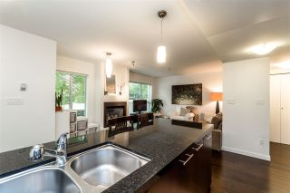 "Photo 5: TH4 1288 CHESTERFIELD Avenue in North Vancouver: Central Lonsdale Townhouse for sale in ""ALINA"" : MLS®# R2204049"