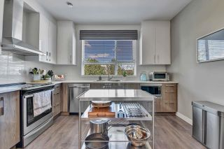 """Photo 12: 15 20857 77A Avenue in Langley: Willoughby Heights Townhouse for sale in """"WEXLEY"""" : MLS®# R2603738"""