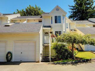 Photo 1: 17 3993 Columbine Way in : SW Tillicum Row/Townhouse for sale (Saanich West)  : MLS®# 879069