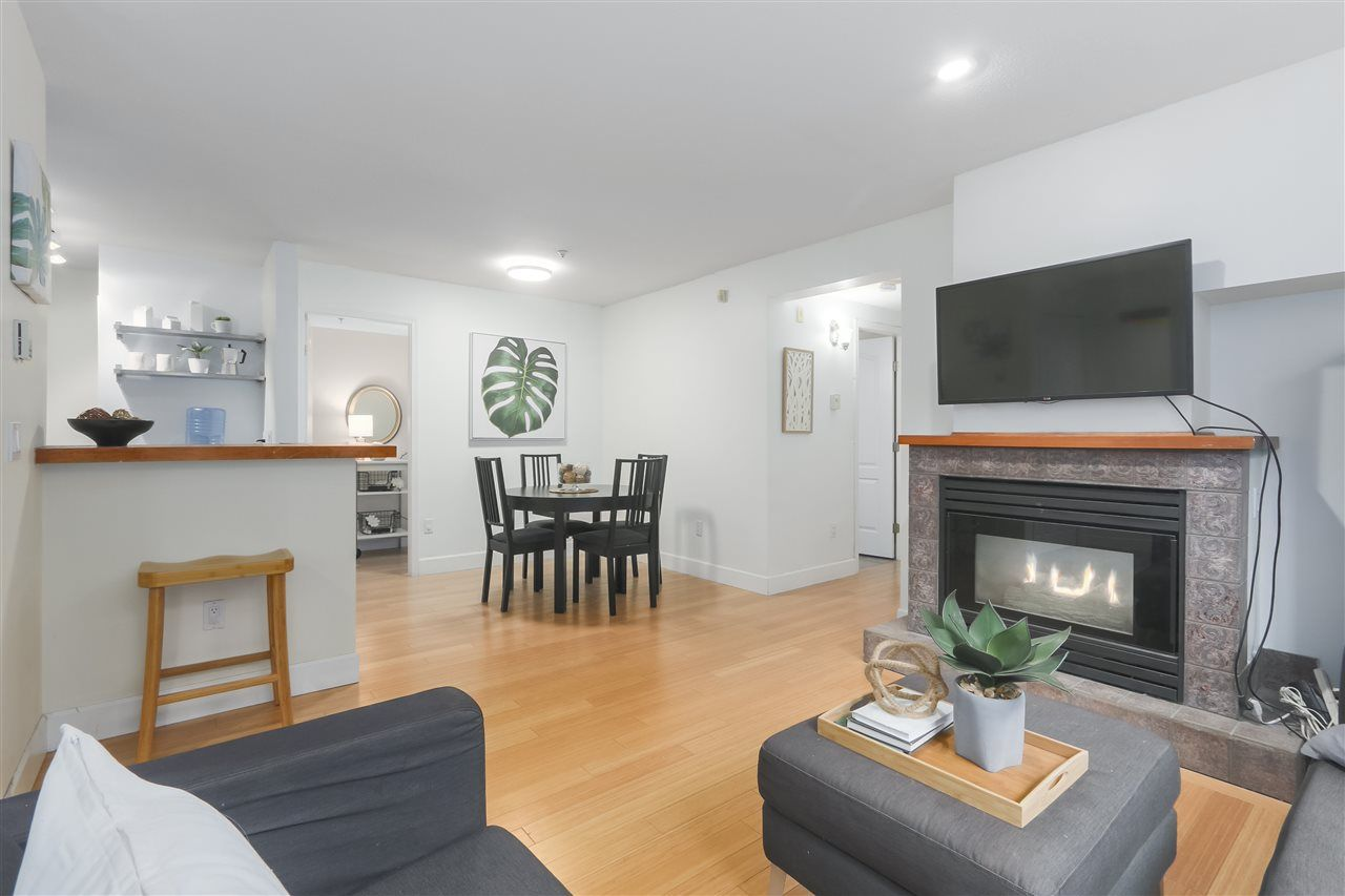 """Main Photo: 103 657 W 7TH Avenue in Vancouver: Fairview VW Townhouse for sale in """"THE IVYS"""" (Vancouver West)  : MLS®# R2348649"""