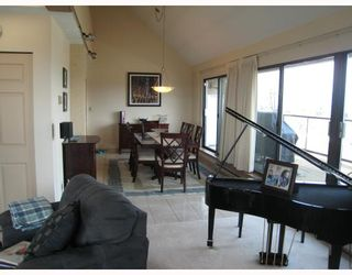 Photo 4: PH2 2041 BELLWOOD Avenue in Burnaby: Brentwood Park Condo for sale (Burnaby North)  : MLS®# V760252
