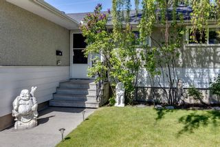 Photo 22: 9 Chisholm Crescent NW in Calgary: Charleswood Detached for sale : MLS®# A1115006