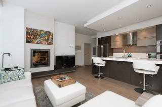Photo 5: 105 200 Douglas St in VICTORIA: Vi James Bay Condo for sale (Victoria)  : MLS®# 832368