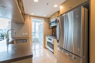 """Photo 6: 1206 833 SEYMOUR Street in Vancouver: Downtown VW Condo for sale in """"CAPITOL"""" (Vancouver West)  : MLS®# R2585861"""