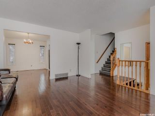 Photo 6: 458 Wakaw Court in Saskatoon: Lakeview SA Residential for sale : MLS®# SK837644