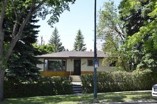 Photo 40: 3831 19 Street NW in Calgary: Charleswood Detached for sale : MLS®# A1123117