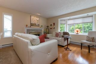 Photo 3: 2410 Setchfield Ave in Langford: La Florence Lake House for sale : MLS®# 874903