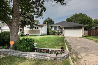 Photo 45: 676 Community Row in Winnipeg: Charleswood Residential for sale (1G)  : MLS®# 202115287