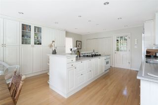 """Photo 13: 3726 SOUTHRIDGE Place in West Vancouver: Westmount WV House for sale in """"Westmount Estates"""" : MLS®# R2553724"""