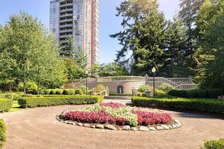 "Photo 19: 1008 7388 SANDBORNE Avenue in Burnaby: South Slope Condo for sale in ""MAYFAIR PLACE"" (Burnaby South)  : MLS®# R2377689"