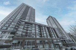 """Photo 30: 2507 5665 BOUNDARY Road in Vancouver: Collingwood VE Condo for sale in """"WALL CENTRE CENTRAL PARK SOUTH"""" (Vancouver East)  : MLS®# R2539277"""