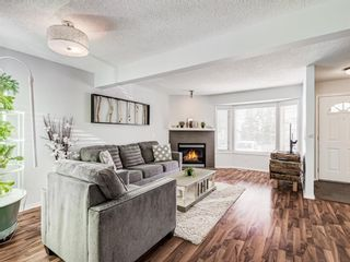 Photo 4: 45 Patina Park SW in Calgary: Patterson Row/Townhouse for sale : MLS®# A1085430