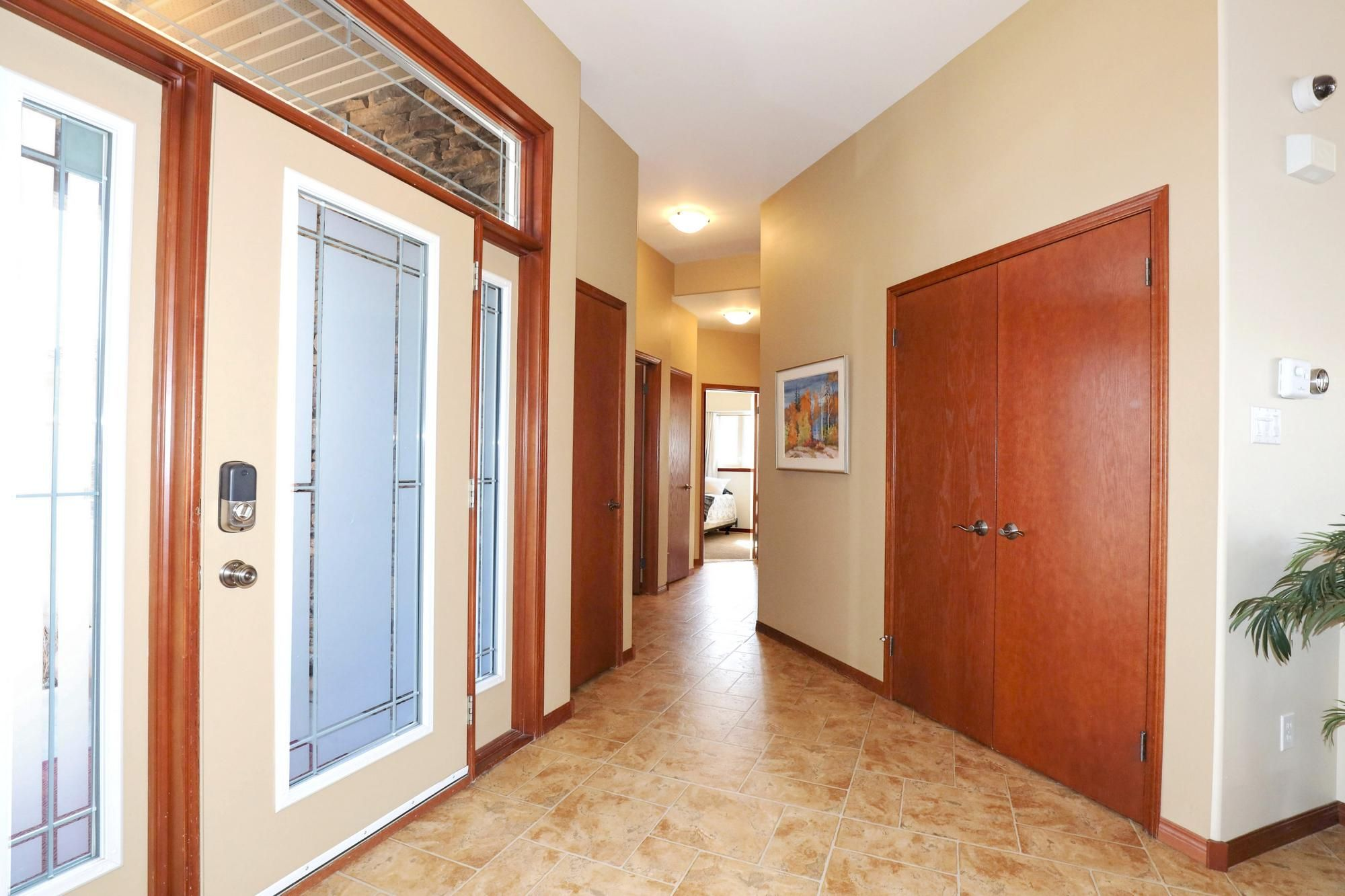 Photo 4: Photos: 7 Castle Ridge Drive in Winnipeg: Linden Ridge Single Family Detached for sale (1M)  : MLS®# 202107901