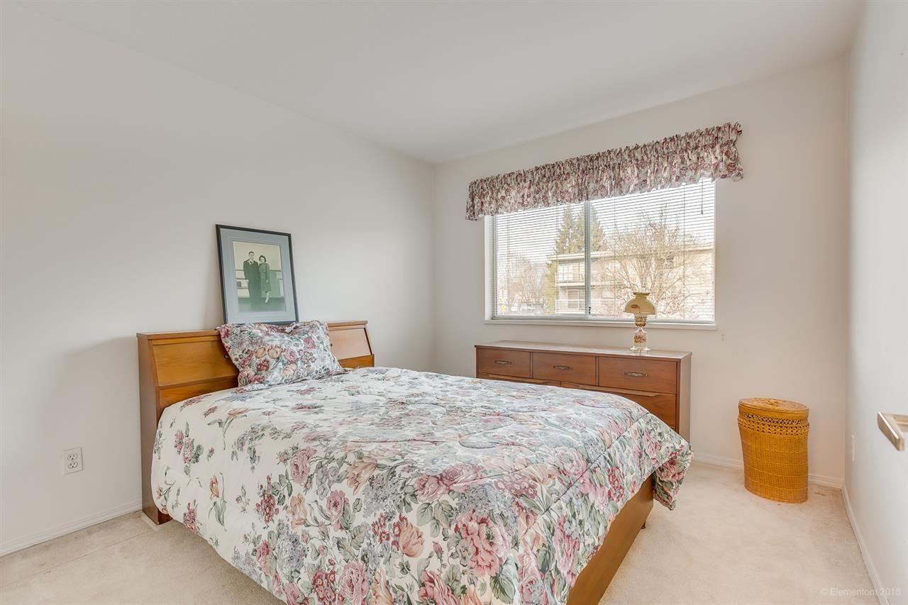 "Photo 17: Photos: 108 20600 53A Avenue in Langley: Langley City Condo for sale in ""RIVERGLEN ESTATE"" : MLS®# R2419379"