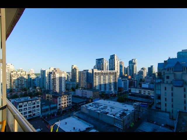 Photo 4: Photos: 1010 1010 HOWE STREET in Vancouver: Downtown VW Condo for sale (Vancouver West)  : MLS®# R2184383