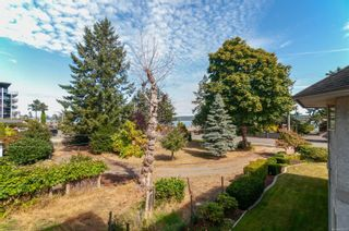 Photo 10: 203 738 S Island Hwy in : CR Campbell River North Condo for sale (Campbell River)  : MLS®# 885035