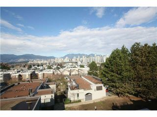 """Photo 15: 1337 W 8TH Avenue in Vancouver: Fairview VW Townhouse for sale in """"FAIRVIEW VILLAGE"""" (Vancouver West)  : MLS®# V1114051"""