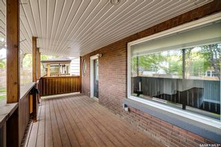 Photo 4: 210 26th Street West in Saskatoon: Caswell Hill Residential for sale : MLS®# SK858566