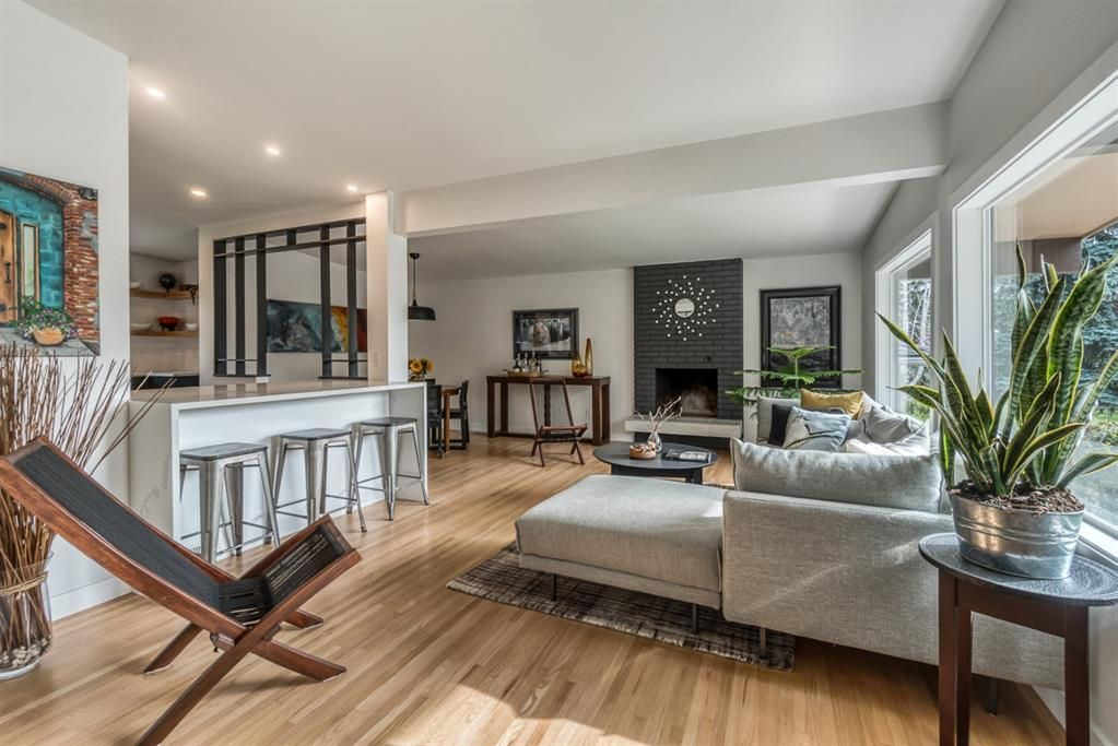 Main Photo: 624 SHERMAN Avenue SW in Calgary: Southwood Detached for sale : MLS®# A1035911