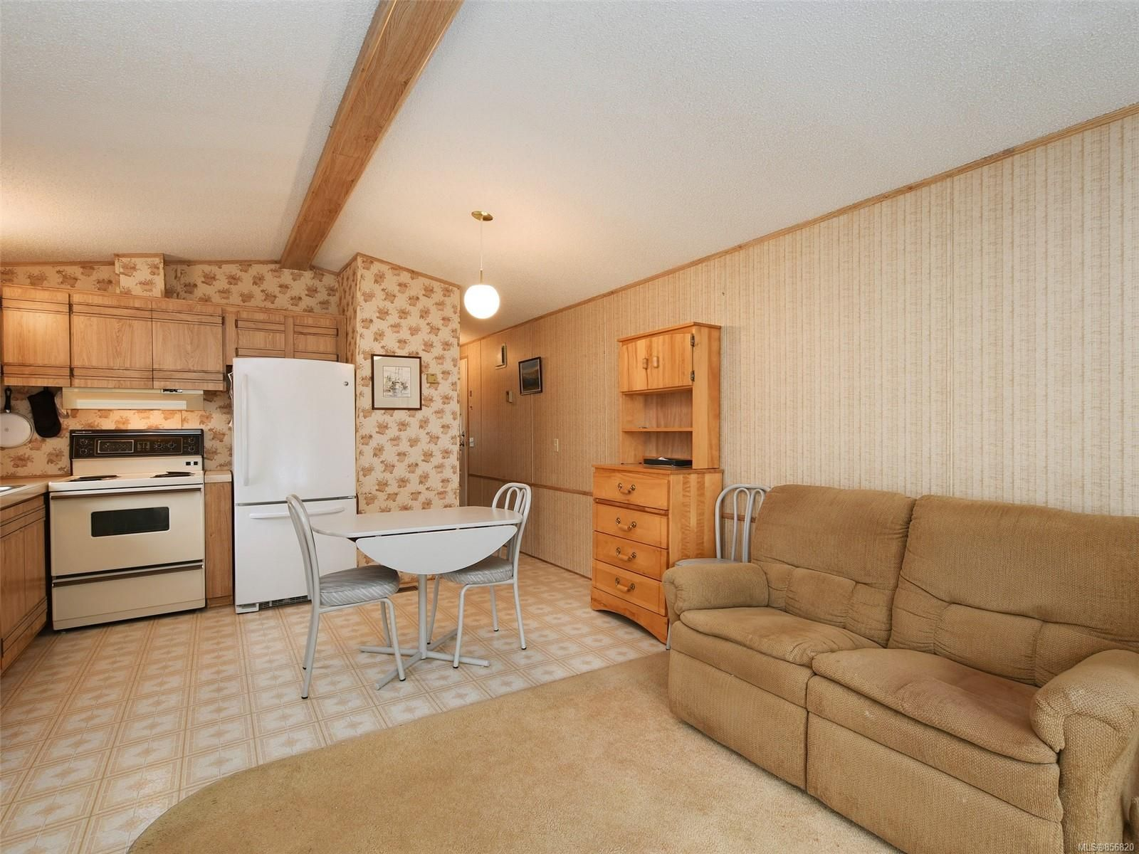 Photo 5: Photos: 25 7871 West Coast Rd in : Sk Kemp Lake Manufactured Home for sale (Sooke)  : MLS®# 856820
