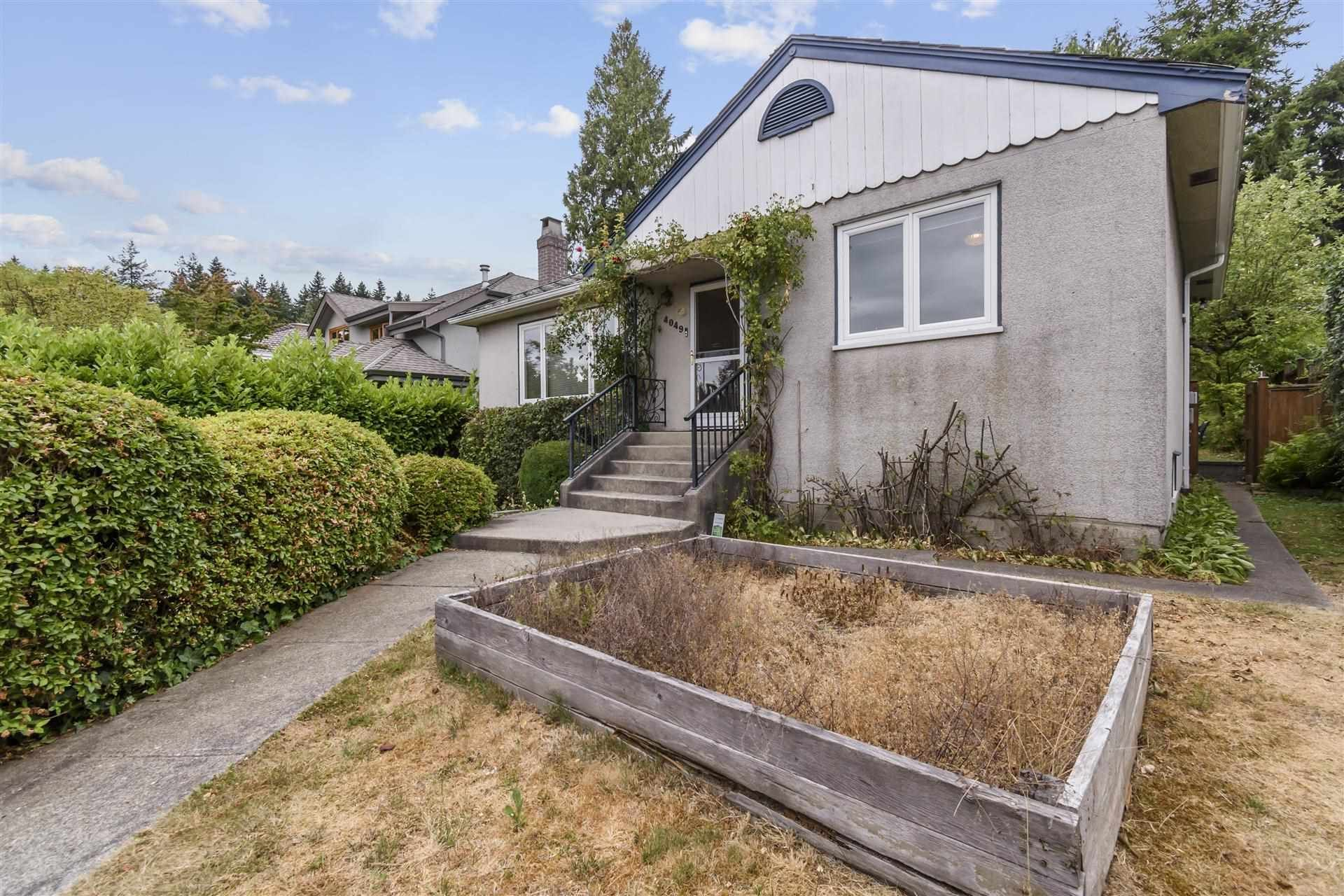 Main Photo: 4049 W 35TH Avenue in Vancouver: Dunbar House for sale (Vancouver West)  : MLS®# R2603172