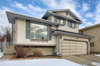 Photo 1: 152 Woodmark Crescent SW in Calgary: Woodbine Detached for sale : MLS®# A1054645