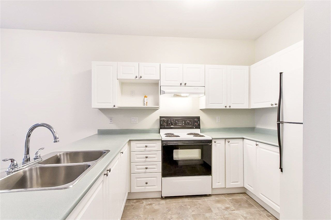 """Photo 4: Photos: 207 2109 ROWLAND Street in Port Coquitlam: Central Pt Coquitlam Condo for sale in """"PARKVIEW PLACE"""" : MLS®# R2150283"""