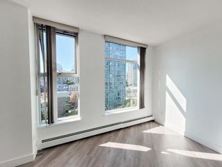 """Photo 18: 1602 1009 EXPO Boulevard in Vancouver: Yaletown Condo for sale in """"Landmark 33"""" (Vancouver West)  : MLS®# R2593362"""