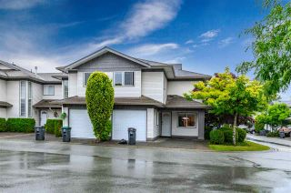 "Photo 1: 316 16233 82 Avenue in Surrey: Fleetwood Tynehead Townhouse for sale in ""The Orchards"" : MLS®# R2390426"