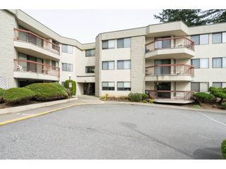 "Photo 2: 133 31955 OLD YALE Road in Abbotsford: Abbotsford West Condo for sale in ""Evergreen Village"" : MLS®# R2254273"