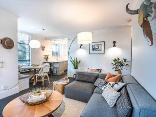 """Photo 10: 101 1725 BALSAM Street in Vancouver: Kitsilano Condo for sale in """"Balsam House"""" (Vancouver West)  : MLS®# R2454346"""