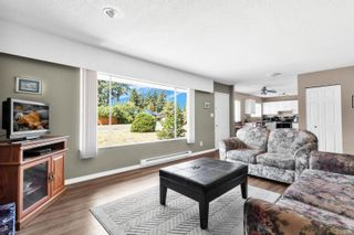 Photo 4: 1855 Cranberry Cir in : CR Willow Point House for sale (Campbell River)  : MLS®# 884153