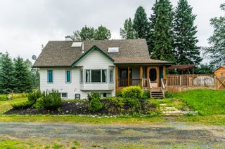 Photo 2: 3035 UPPER FRASER Road in Prince George: Giscome/Ferndale House for sale (PG Rural East (Zone 80))  : MLS®# R2540494
