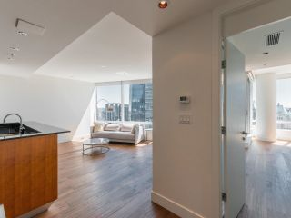 Photo 4: 3506 1077 W CORDOVA Street in Vancouver: Coal Harbour Condo for sale (Vancouver West)  : MLS®# R2596141