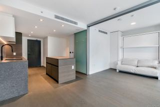 Main Photo: 1504 620 CARDERO Street in Vancouver: Coal Harbour Condo for sale (Vancouver West)  : MLS®# R2592053