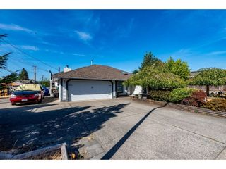 """Main Photo: 32015 BALFOUR Drive in Abbotsford: Abbotsford West House for sale in """"FAIRFIELD ESTATE"""" : MLS®# R2608045"""