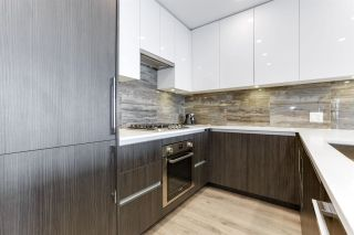 """Photo 8: 4206 1888 GILMORE Avenue in Burnaby: Brentwood Park Condo for sale in """"TRIOMPHE RESIDENCES"""" (Burnaby North)  : MLS®# R2574074"""