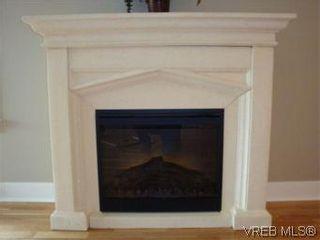 Photo 12: 207 2717 Peatt Rd in VICTORIA: La Langford Proper Condo for sale (Langford)  : MLS®# 495348