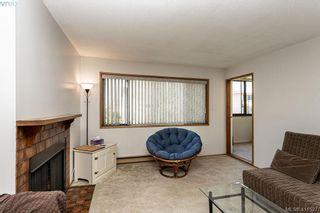 Photo 3: 301 1619 Morrison St in VICTORIA: Vi Jubilee Condo for sale (Victoria)  : MLS®# 815889